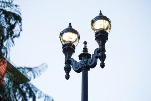 GE-Evolve-LED-Avery-StreetDreams-Post-Top-Fixture-San-Diego-e1423841343720