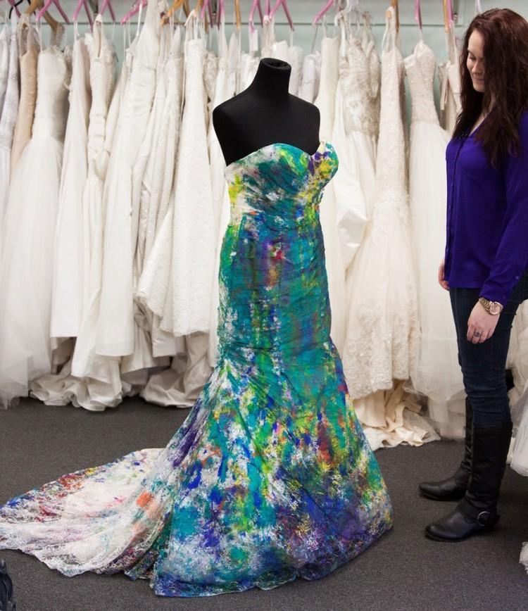 bride-left-at-altar-trash-dress-photoshoot-13