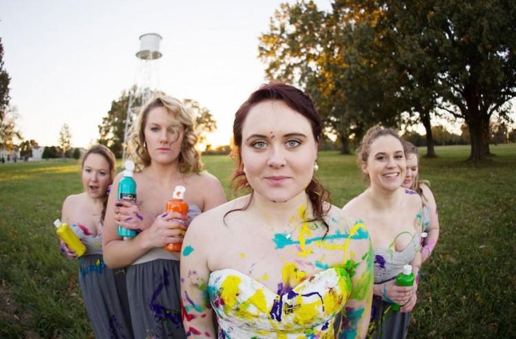 bride-left-at-altar-trash-dress-photoshoot-2