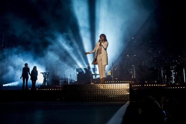Budapest, 2015. augusztus 12. Florence Welch énekesnõ az angliai Florence and the Machine együttes koncertjén a nagyszínpadon a Sziget fesztivál nulladik napján, 2015. augusztus 11-én. MTI Fotó: Marjai János