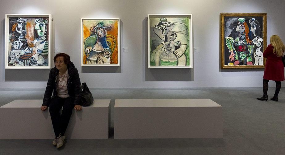 Budapest, 2016. április 20. A Picasso - Alakváltozások, 1895-1972 címû tárlat sajtóbejárása a Magyar Nemzeti Galériában, Budapesten 2016. április 20-án. A mûvész száz alkotása július 31-ig látható. MTI Fotó: Szigetváry Zsolt