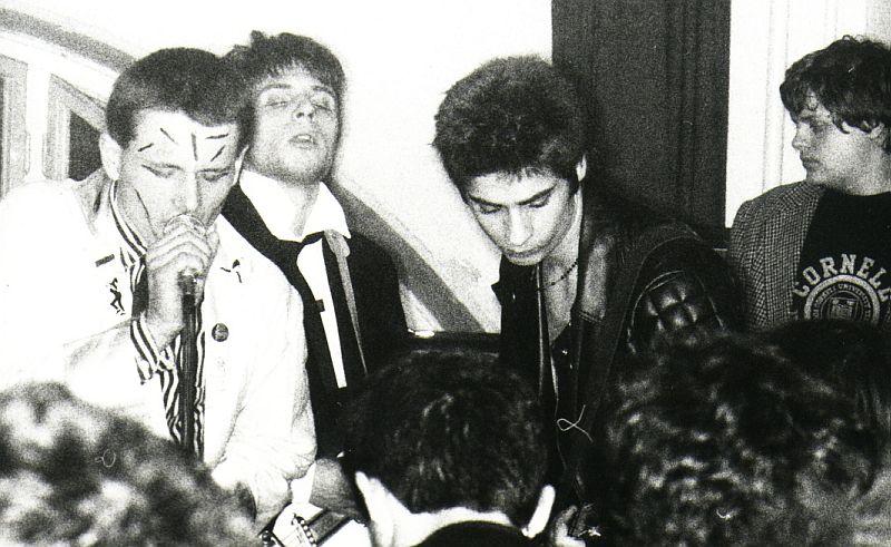 Eta-Kozgaz-aula-1982-01