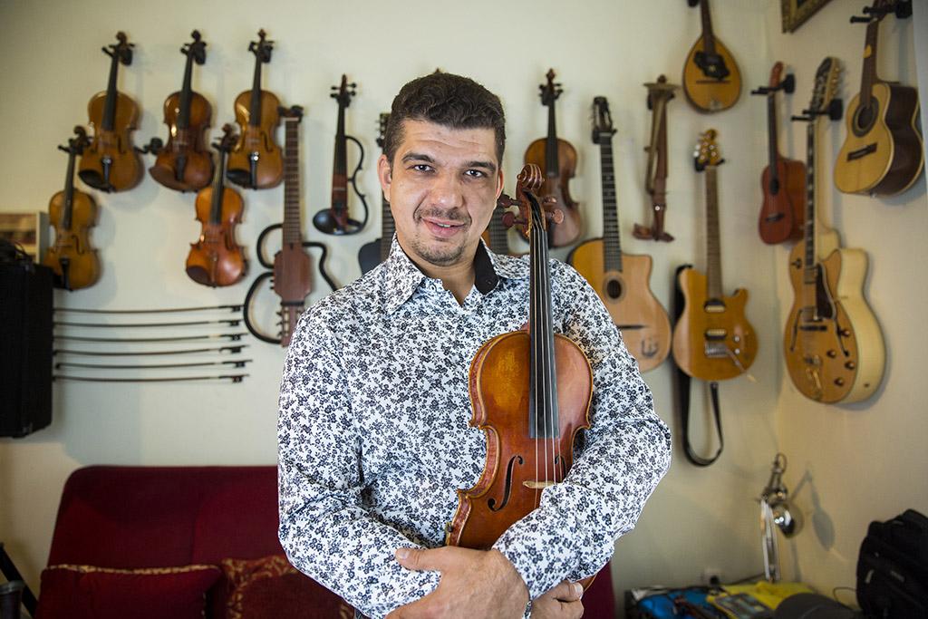 Farkas Róbert zenész Budapest Bár Fotó: Horváth Péter Gyula