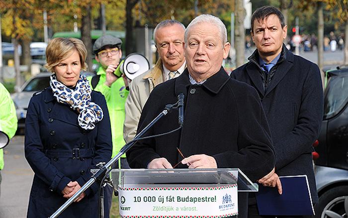 Tarlós István, Budapest főpolgármestere meghirdeti a főváros Tízezer fát Budapestre! elnevezésű faültetési programját