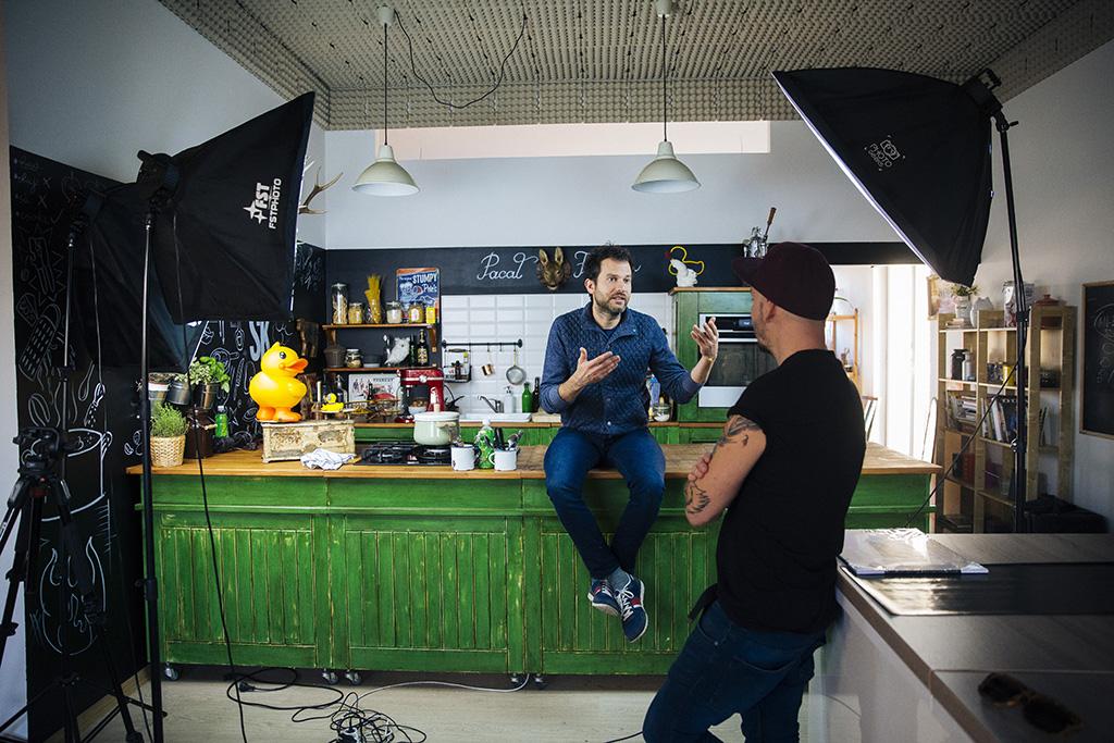 Főrdös zé Konyhafőnök zsűritag és a Street Kitchen videóblog arca 2016.11.16. Fotó: Horváth Péter Gyula