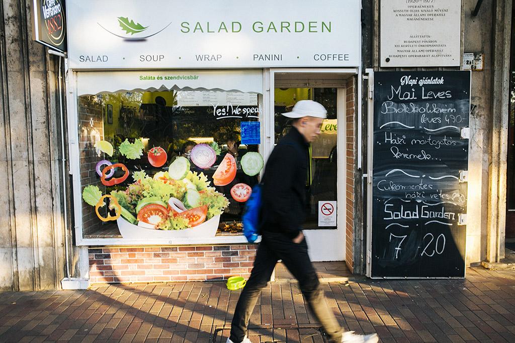 Salad Garden büfe Jászai MAri tér 4. Fotó: Horváth Péter Gyula
