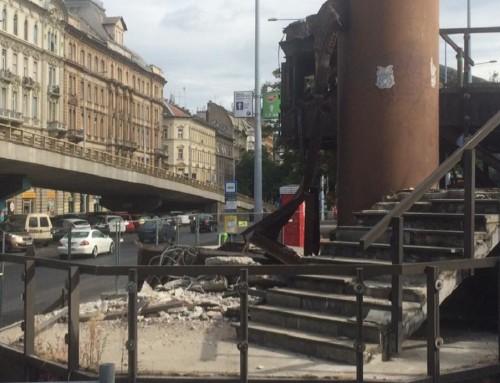 Lépjük a lépcsőt, azaz eltűnik Budapest egyik szégyenfoltja a Nyugati téren