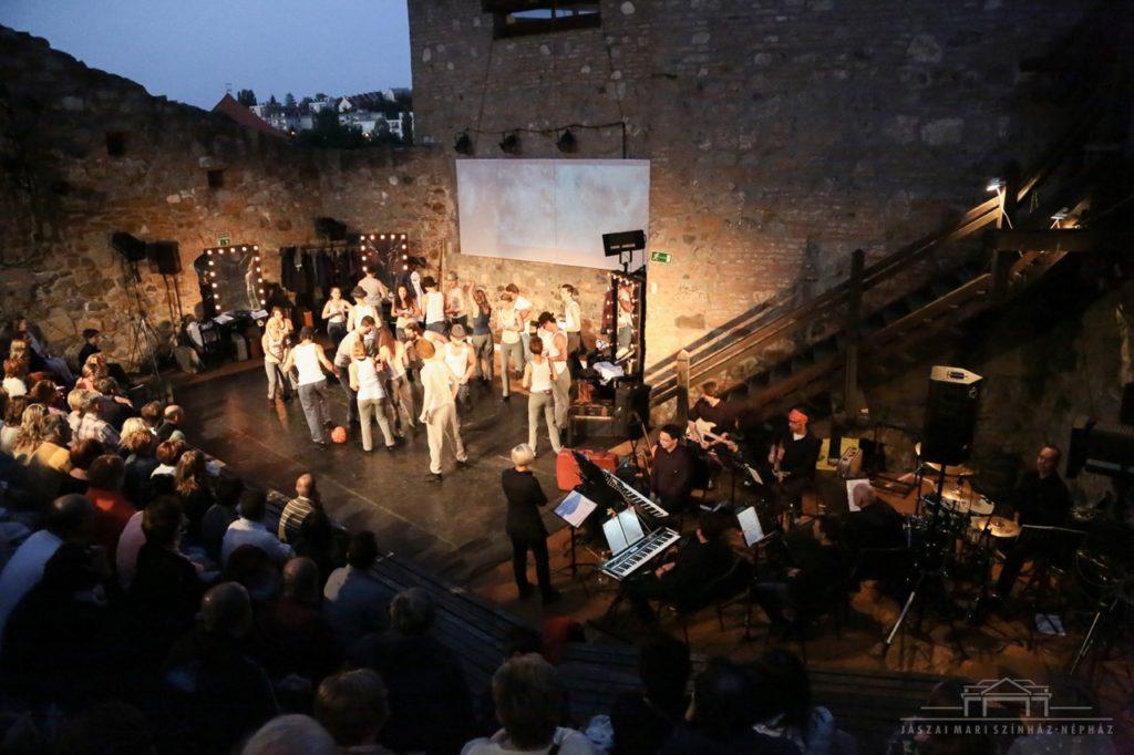 Fotó: Jászai Mari Színház